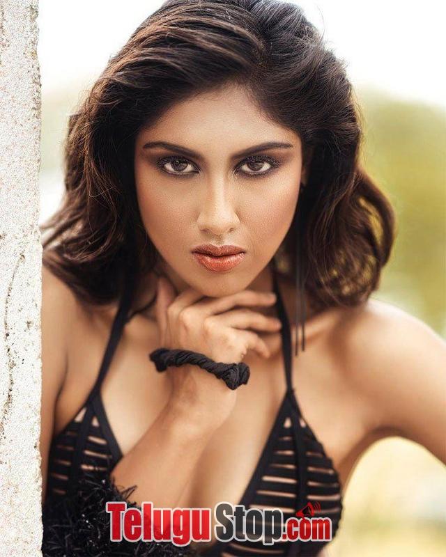 Rishitha Koruturu Hot Pics--Telugu Actress Hot Photos Rishitha Koruturu Hot Pics-