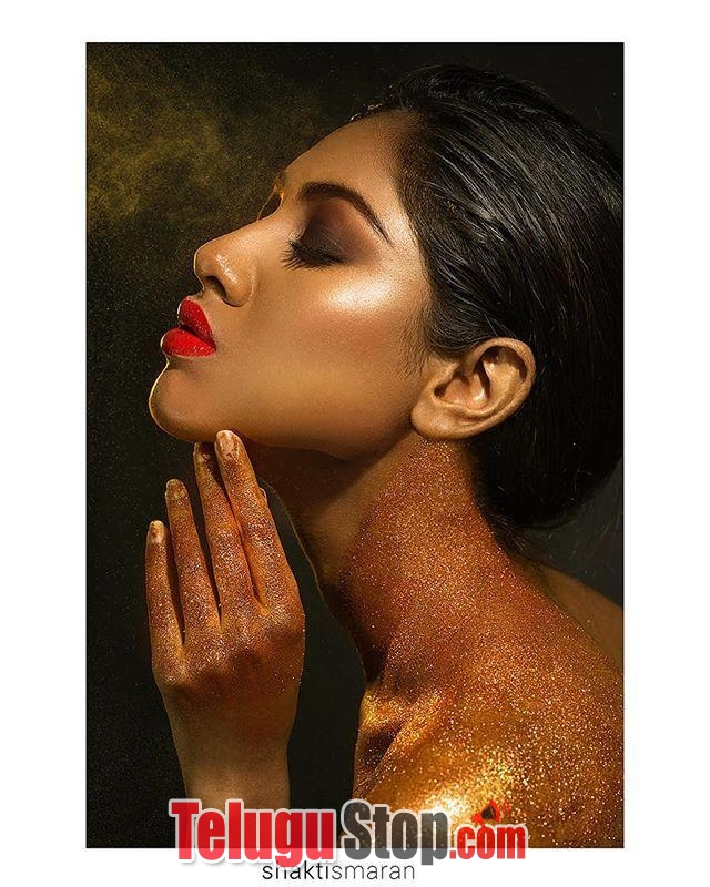 Rishitha koruturu hot pics- Photos,Spicy Hot Pics,Images,High Resolution WallPapers Download
