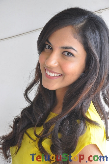 Ritu varma Latest Gallery-Ritu Varma Latest Gallery-