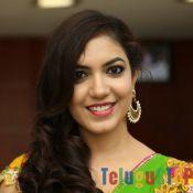 Ritu Varma Hot In Saree