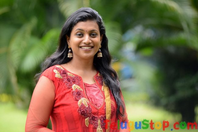 Roja Latest Stills-Roja Latest Stills-