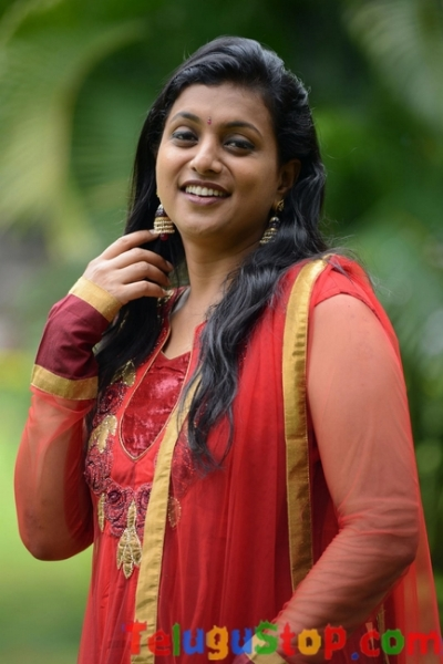 Roja latest stills- Photos,Spicy Hot Pics,Images,High Resolution WallPapers Download