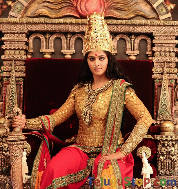 Rudrama devi movie stills- Photos,Spicy Hot Pics,Images,High Resolution WallPapers Download