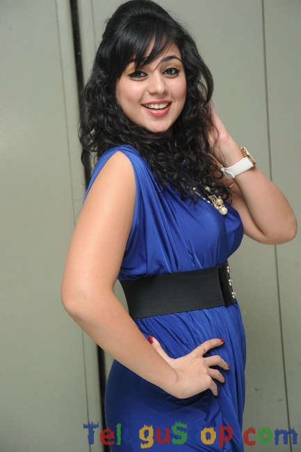 Sabha new stills- Photos,Spicy Hot Pics,Images,High Resolution WallPapers Download