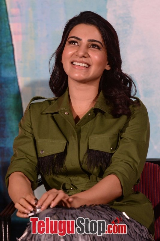 Samantha akkineni new pics- Photos,Spicy Hot Pics,Images,High Resolution WallPapers Download