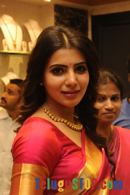 Samantha latest gallery 2- Photos,Spicy Hot Pics,Images,High Resolution WallPapers Download