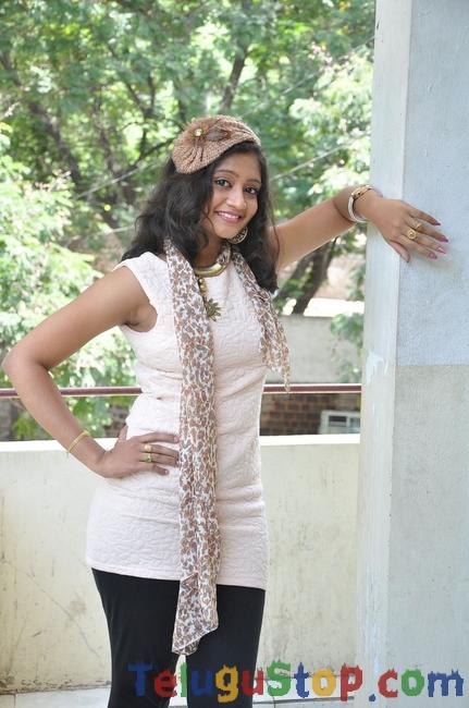 Sandeepthi Latest Stills-Sandeepthi Latest Stills-