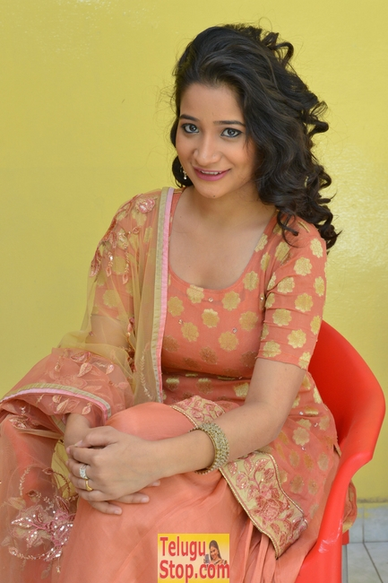 Santoshi sharma new stills- Photos,Spicy Hot Pics,Images,High Resolution WallPapers Download