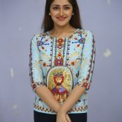 sayesha-saigal-latest-photos01
