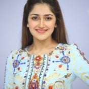 sayesha-saigal-latest-photos04