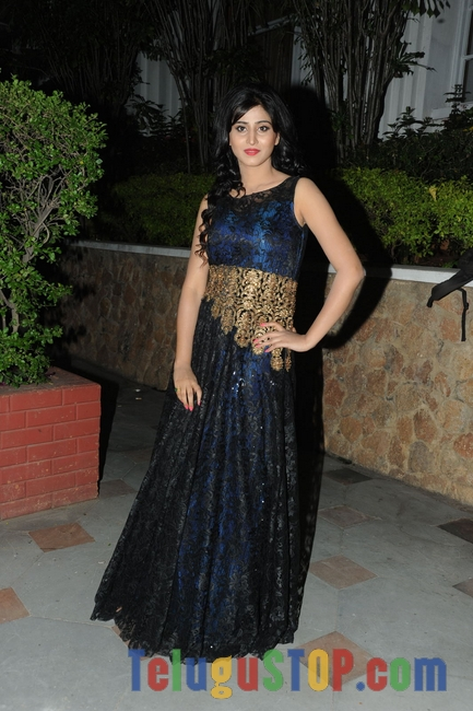 Shamili new stills 6- Photos,Spicy Hot Pics,Images,High Resolution WallPapers Download