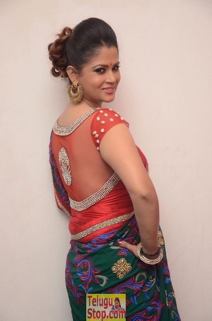 Shilpa chakravarthy new stills 4