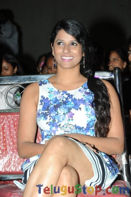 Shravya reddy new gallery- Photos,Spicy Hot Pics,Images,High Resolution WallPapers Download