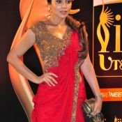 shriya-saran-latest-stills02