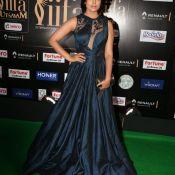 shriya-saran-new-stills01