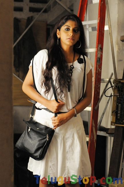 Sindura puvvu movie stills- Photos,Spicy Hot Pics,Images,High Resolution WallPapers Download