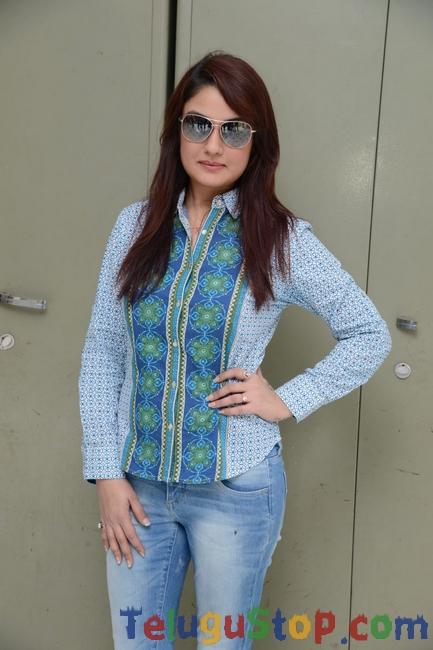 Sonia Agarwal New Stills-Sonia Agarwal New Stills-