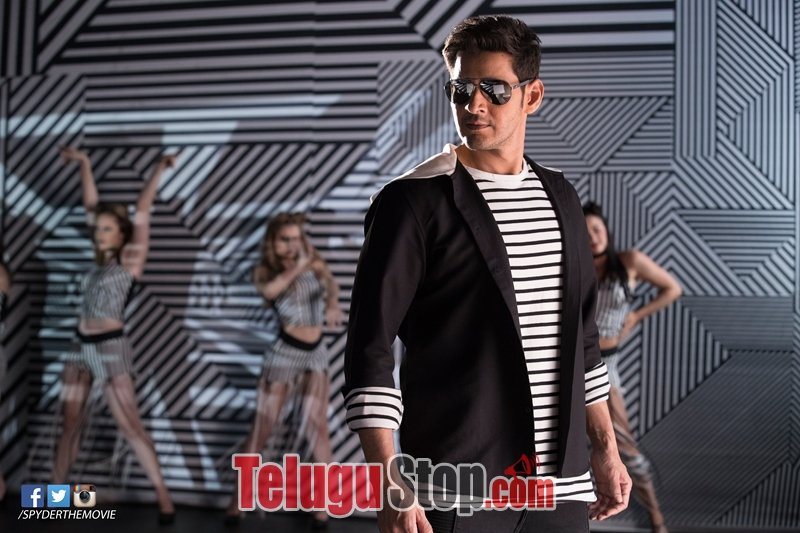 Spyder Movie New Stills-Spyder Movie New Stills-