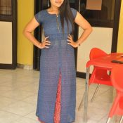 sravanthi-latest-stills04