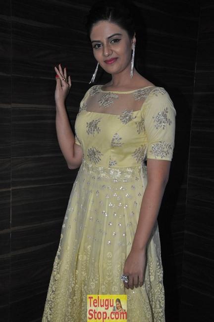 Sree mukhi new stills 2