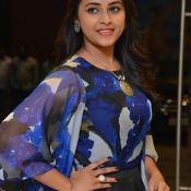 sri-divya-new-stills07