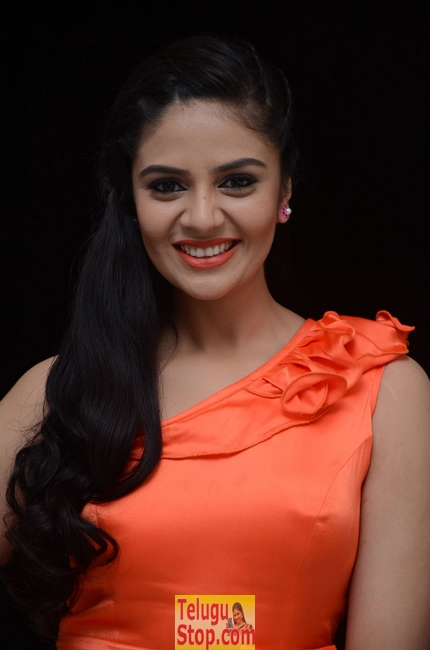 Srimukhi New Stills-Srimukhi New Stills-