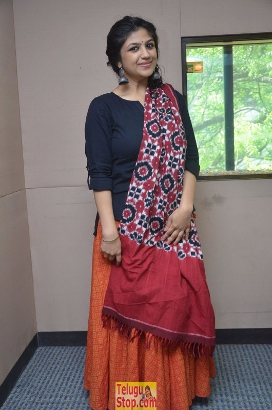 Supriya latest stills- Photos,Spicy Hot Pics,Images,High Resolution WallPapers Download