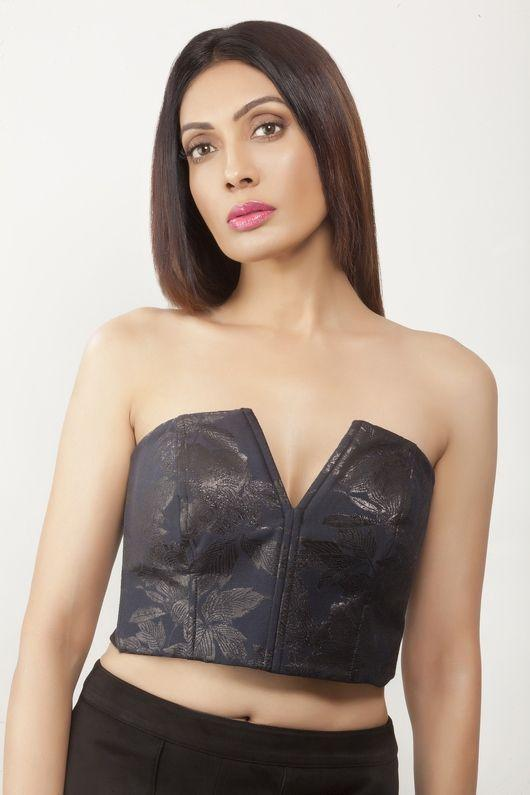 Surabhi Prabhu New Pics--Telugu Actress Hot Photos Surabhi Prabhu New Pics-