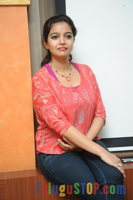 Swathi new pics 2- Photos,Spicy Hot Pics,Images,High Resolution WallPapers Download