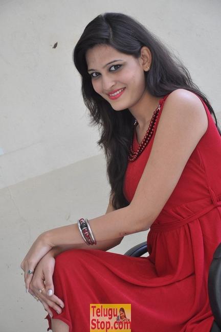Swetha New Stills-Swetha New Stills--Telugu Actress Hot Photos Swetha New Stills-