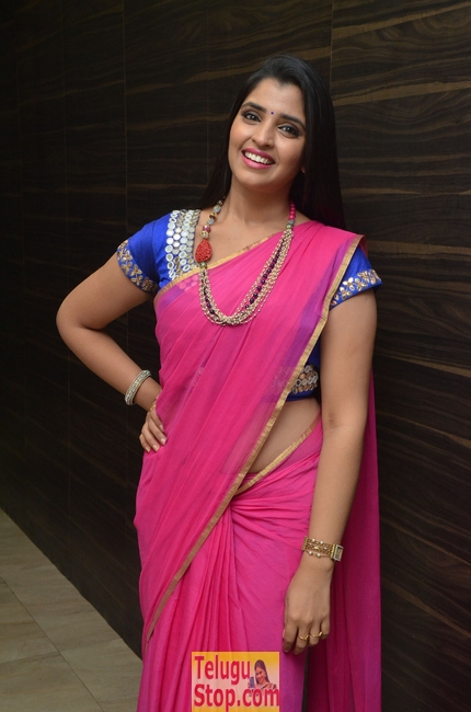 Syamala latest stills 2- Photos,Spicy Hot Pics,Images,High Resolution WallPapers Download