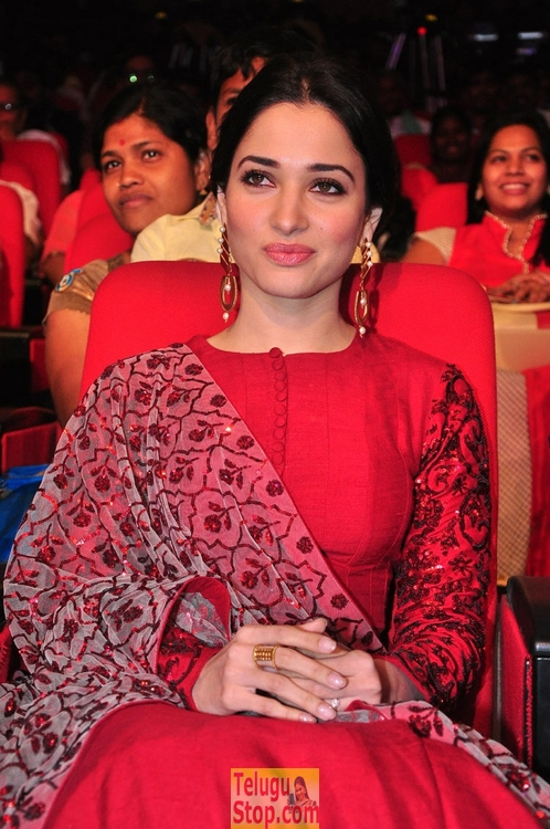 Tamanna latest stills 5- Photos,Spicy Hot Pics,Images,High Resolution WallPapers Download