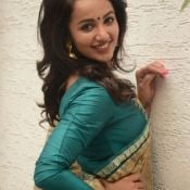 tejaswi-madivada-latest-stills02