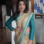 tejaswi-madivada-latest-stills04