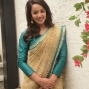 tejaswi-madivada-latest-stills05