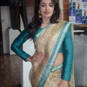 tejaswi-madivada-latest-stills10