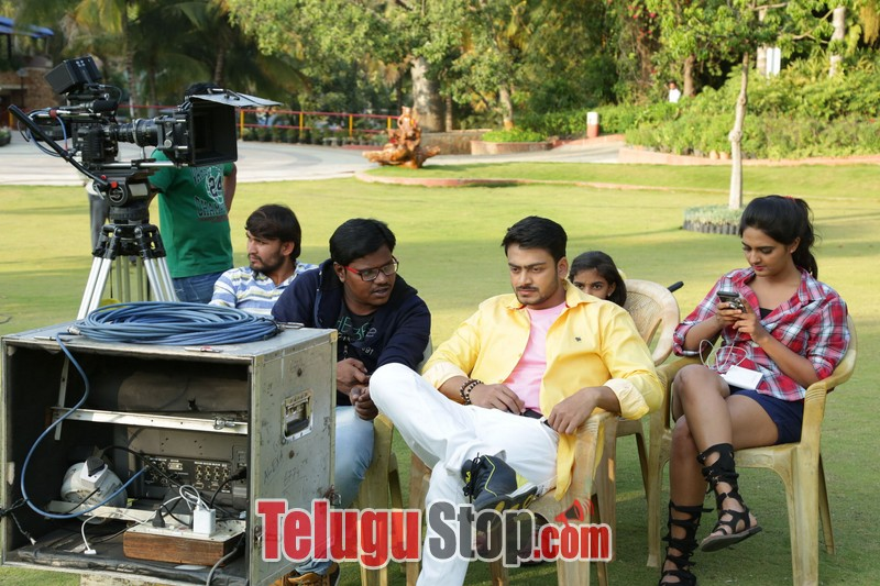 Vaadena movie stills
