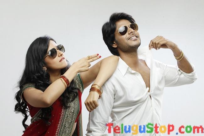 Venkatadri Express Movie Stills-Venkatadri Express Movie Stills-