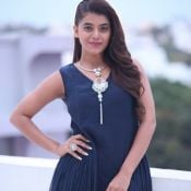 Yamini Bhaskar Latest Photos Photo 4 ?>