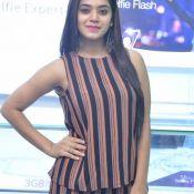 yamini-bhaskar-new-stills01