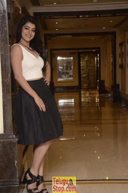 Yamini bhasker new stills
