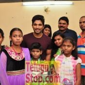 Allu Arjun Met Cancer Children at Make A Wish Foundation
