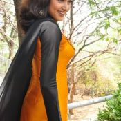 Oviya New Stills Photo 4 ?>
