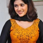Oviya New Stills Pic 7 ?>