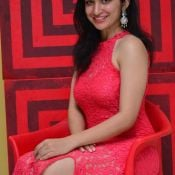 Sakshi Kakkar New Stills
