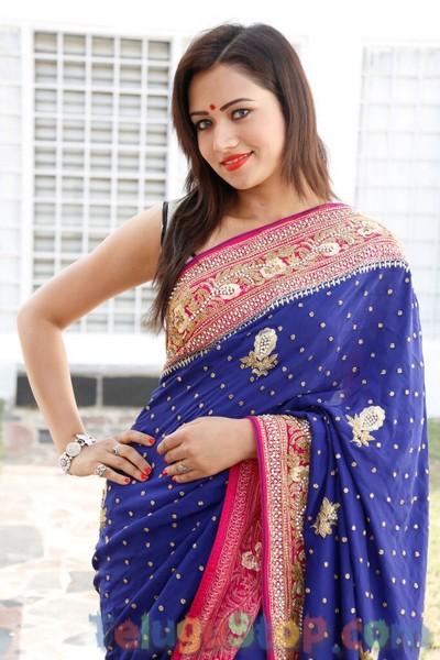 Sunitha Stills-Sunitha Stills-