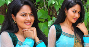 Suhasini New Stills-Suhasini New Stills--Telugu Actress Hot Photos Suhasini New Stills---