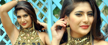 Neha Saxena New Stills-Neha Saxena New Stills---