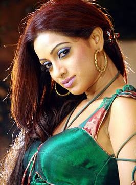 Hot anchor Udaya Bhanu reveals all in future days…. Photo Image Pic