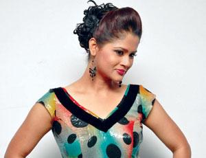 Shilpa Chakravarthy Spicy Stills Photo Image Pic